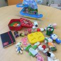 【寄付】キラキラかわいいおもちゃもらいました!
